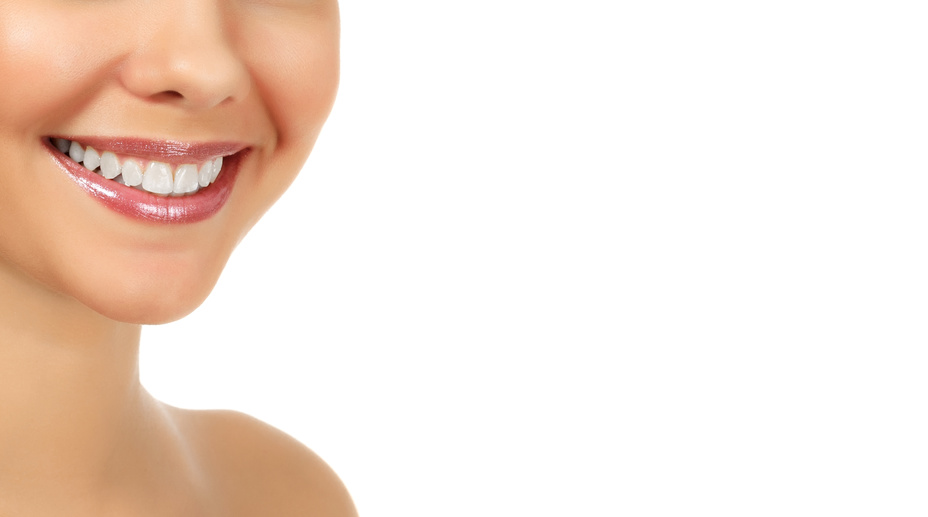 Estética de la Sonrisa, Odontología Biológica Clínica Marina Sacoto Navia, Coronas y Puentes de Lava Zirconio