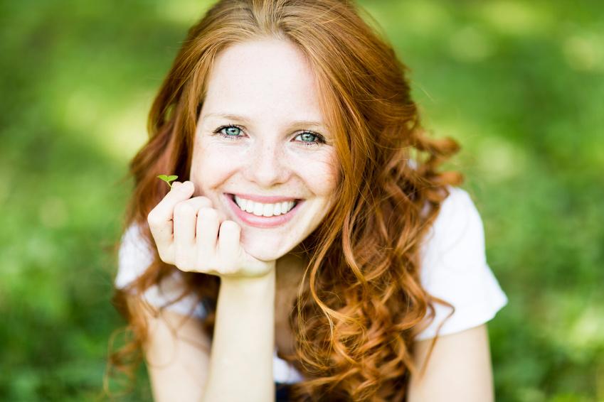 Clínica Mariana Sacoto Navia Ortodoncia Invisible Barclona Estética de la Sonrisa Blanqueamiento Dental