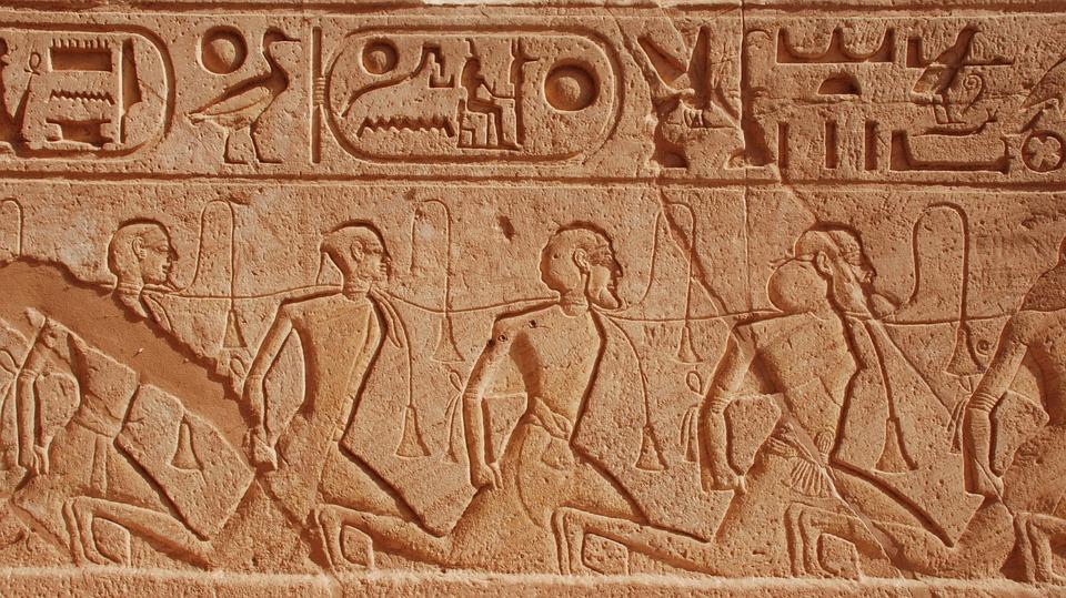 salud dental antiguo egipcio clinica Mariana Sacoto Navia Barcelona Terrassa Cornellá