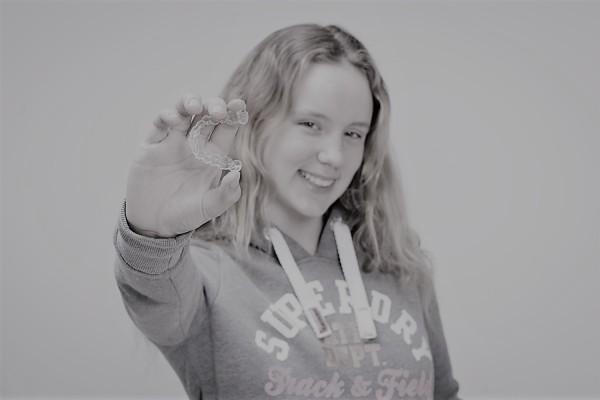 Sophia y sus amigos conocen el poder de una sonrisa, ¿y tú? . Sigue nuestra historia.