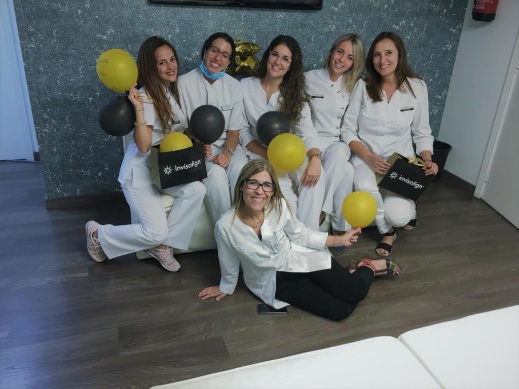 Clinica Exclusiva Invisalign Doctora Mariana Sacoto Navia Expertos en Invisalign Barcelona Cornella Terrassa