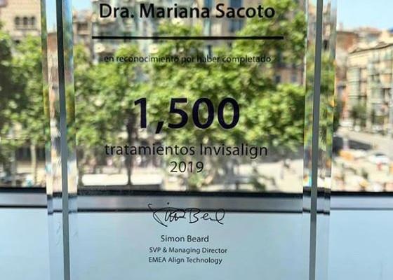 Clinica Exclusiva de Invisalign Doctora Mariana Sacoto Navia reconocimiento invisalign
